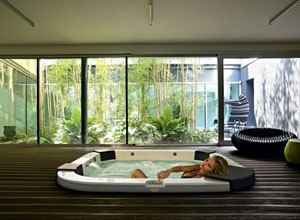 jacuzzi extrieur encastrable interesting jacuzzi exterieur encastrable with jacuzzi extrieur. Black Bedroom Furniture Sets. Home Design Ideas